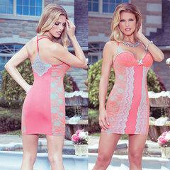 Обтягивающее платье с кружевными вставками